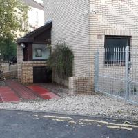 Bright City Centre House - Private Garden & Parking!