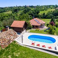 Nice home in Varazdin Breg w/ Outdoor swimming pool, Sauna and 2 Bedrooms