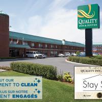 Quality Inn & Suites Aéroport P.E. Montréal-Trudeau Airport, hôtel à Dorval près de: Aéroport international Pierre-Elliott-Trudeau de Montréal - YUL