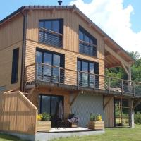 APPARTEMENT T2 INDEPENDANT DANS CHALET, hotel in Ax-les-Thermes