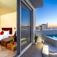 Top Floor Getaway, Balcony and Private Pool + Acropolis View!