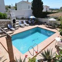 Beautiful 4-Bed det villa private pool sea views