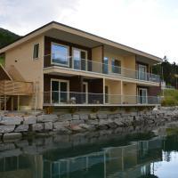 Nesset Fjordcamping, hotell i Olden
