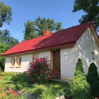 Dom na Ponidziu z basenem – hotel w mieście Wiślica