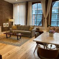 Elegant Tribeca Loft 2b/2b with private Elevator, hotel in Tribeca, New York