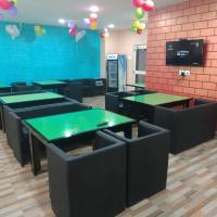 Mahavir Guest House & Food Court, hotel in Bhubaneshwar