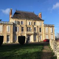 Chateau Nevers, hotel in Varennes Vauzelles