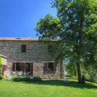 Comfortable Farmhouse in Umbertide with Garden