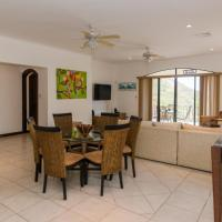 Ground floors 3-bedroom condo with private pool and ocean view
