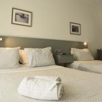 residencial flor da primavera /também 4 apartamentos, hotel in Azambuja