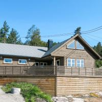 Chalet Doghouse - SOW048