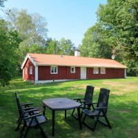 Holiday Home Stora Hulan - VGT143, hotel in Svenljunga