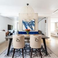 Dine at the Sapphire Velvet Bench in a Chic Residence