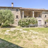 Cosy Apartment in San Godenzo with Pool