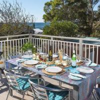 Araluen on Holden - great deck with ocean views