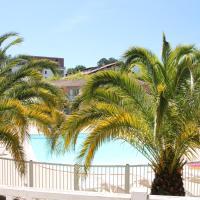 Anglet : Duplex dans résidence avec piscine, hôtel à Anglet près de: Aéroport de Biarritz-Pays basque - BIQ