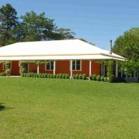 Redhaven House - spacious, quiet and private, hotel in Bundanoon
