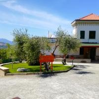 B&B Maison Villa Vittorio, hotel ad Avella