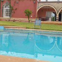 villa ferme Fes à 3 km de Aereport Fes saiss, hôtel à Fès