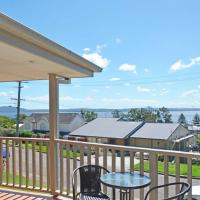 By the Bay', 9 Kanangra Avenue - bring the dog & the boat !!