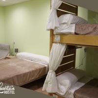 Hostel La Huertica, hotel em Valtierra