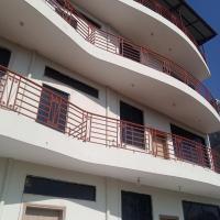 Falcon Inn Appartments, hotel in Bhurban