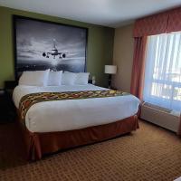 Super 8 by Wyndham Edmonton International Airport, hotel near Edmonton International Airport - YEG, Leduc