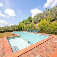 Cozy Holiday Home in Lamporecchio with Swimming Pool