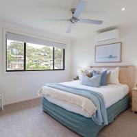 'Sandy Point Haven', 21a Sandy Point Rd - Stylish Haven with WIFI, Air conditioning & Water views