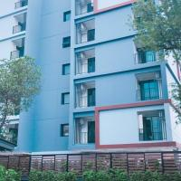 Pearl Place Serviced Apartment Huamak Bangkok, hotel in Ban Song Krathiam