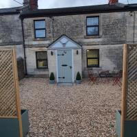 Quirky Cottage - Dogs Welcome - Free 24 hr Cancellation's, hotel in Corsham