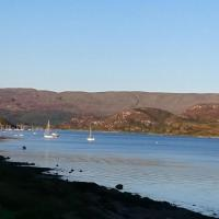 Stunning 3-Bed Apartment in Tighnabruaich