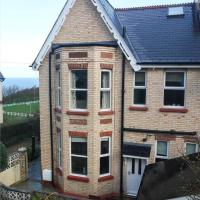 Beechwood - Stunning 4 bedroom Victorian house with sea views