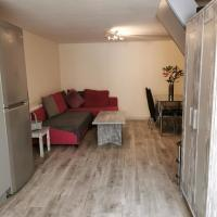 2 Bedroom Garden Flat- sleep 6