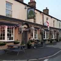 The Shady Oak Inn