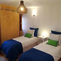Casa Mateus - Estadia Ideal Entre o Mar e a Serra, hotel Adraga városában