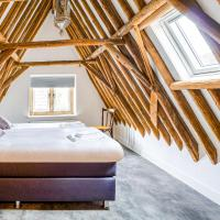 Pleasant Holiday Home in Enkhuizen with Netflix and Garden