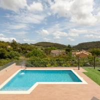 House with swimming pool in Penedes area