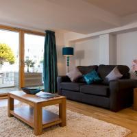 Fistral Beach Garden Apartment 3