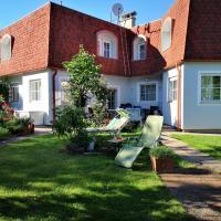 Hawei in Vienna - Doppelhaushälfte mit Garten und Pool zur Mitbenutzung