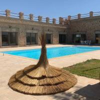 Villa de luxe avec piscine privée sans vis à vis, hotel in zona Aeroporto di Fes-Saiss - FEZ, Oulad Tayeb