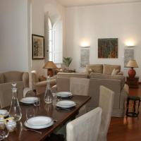 Bargello Fusion end Elegant Apartment
