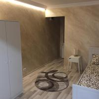 Feeling Home 1 Room Studio - Dorobanti, hotel in Buzău