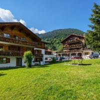Hotel Silvapina, hotel in Klosters