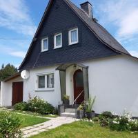 Holiday Home Haus am Rennsteig - BSG100, Hotel in Brennersgrün