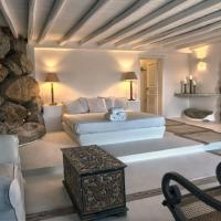 Private Suite in one of the most exclusive Villas in Mykonos! Includes a Jacuzzi &35 sqm of Space