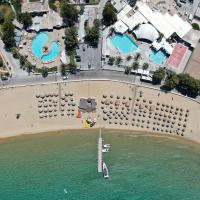 Far Out Beach Club Resort & Camping, hotel in Mylopotas