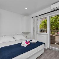 Luxurious studio apartment Toma