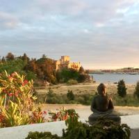 Front line townhouse Face la mer in Ferragudo luxury sea views