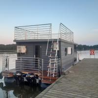 Dom na wodzie - Port Sztynort